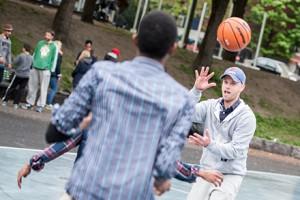 b-basket-8849
